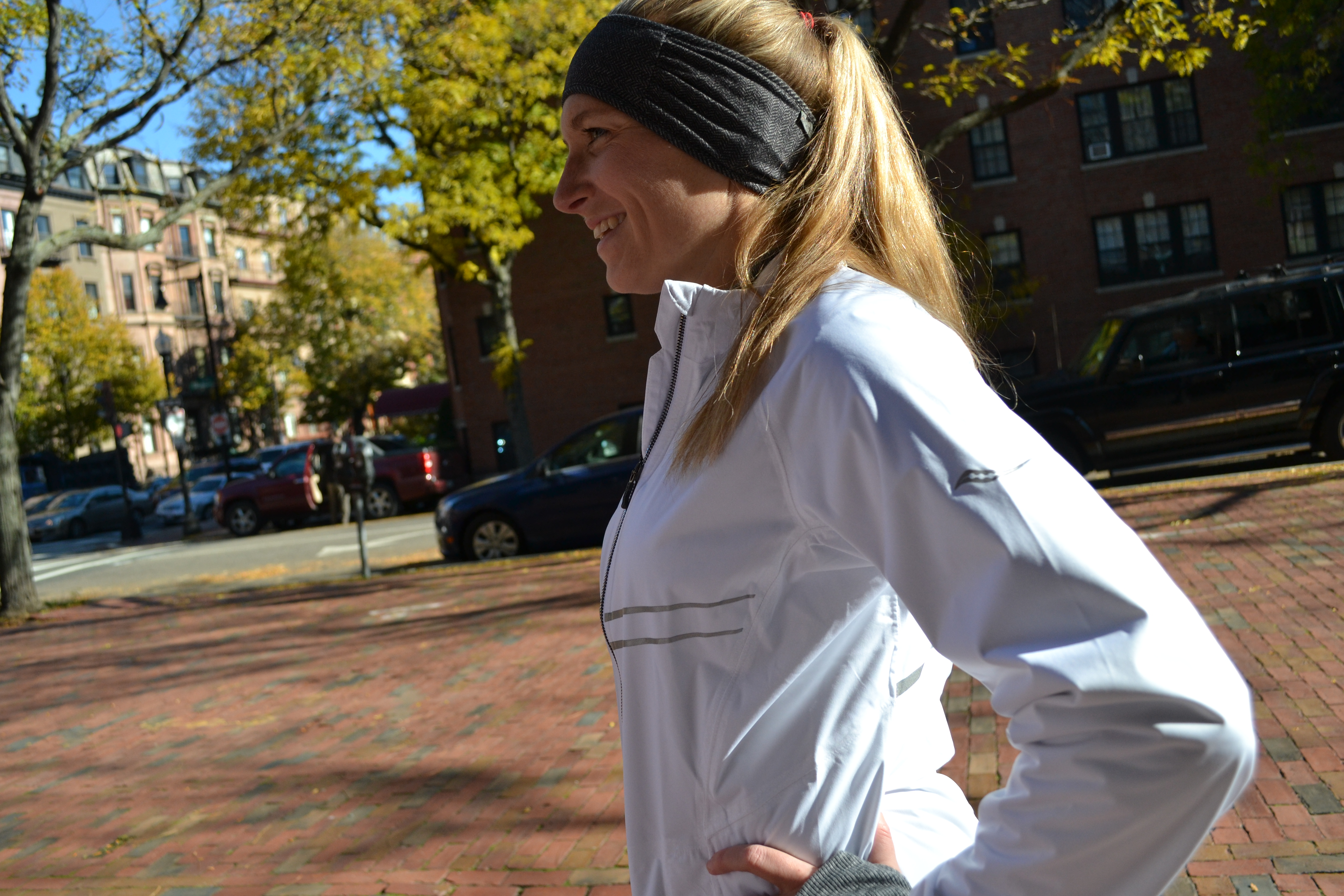 GEAR REVIEW: Saucony Razor Jacket – LIFE IN MOTION